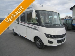 Rapido 8096DF Premium Edition mit Queensbett und Garage