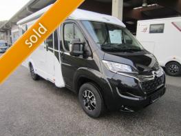 Carado Van 337 Europa Edition mit Einzelbetten und Garage